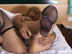 mature-wife-carolina-loves-getting-gabriela-from-dates25com