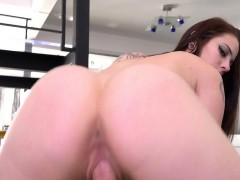 Rylee Renee in Help I Cant Get Laid