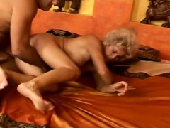 mature-naked-on-coach