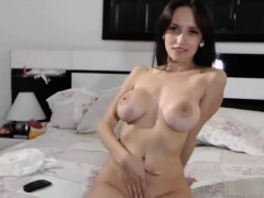 Busty Teen Exposes Her Body To The Webcam