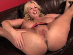 Blonde Bbw Pornstar Zoey Andrews Wraps Her Huge Tits Around