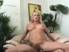 blonde-milf-takes-long-cock-in-asshole-in-office