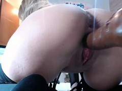squirting-blonde-fucked-by-machine