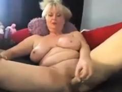 sexy-busty-granny-enjoying-with-big-fat-dildo-on-webcam