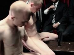 mormon-elders-get-pegged