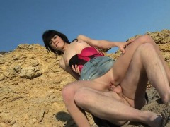 amateur-teen-getting-pounded-on-the-beach
