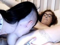 shemale-with-an-amateur-tranny-and-girl