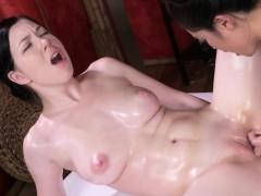 Asian Lesbian Made Masseuse Cum