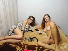 glam-euro-fetish-lesbians-toying