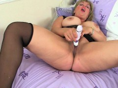 next-door-milfs-from-the-uk-raven-danielle-and-red