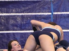 lesbo babe dildoed in twat after wrestling