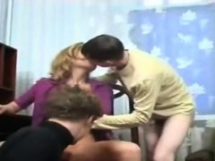 2 sons fuck their mom's pussy and ass WWW.ONSEXO.COM