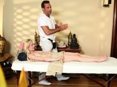 amateur massage babe gagging on masseurs cock WWW.ONSEXO.COM