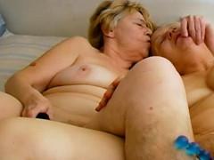 Omahotel Lesbian Matures Sex Toys Masturbation