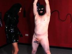 British Cfnm Milf Sucking Subs Dick In Bdsm