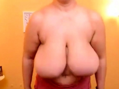Huge Saggy Titty Clapping Milf