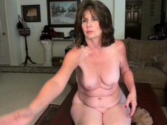 american-moms-in-pantyhose-cristine-kelly-and-ava