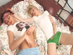 two-naked-teenies-fingering-pussies