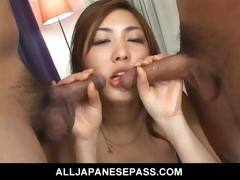 sexy-babe-gets-fingered-frenched-and-fucked