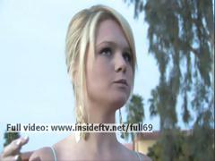 nicole-amateur-blonde-showing-her-boobs-in-public-and