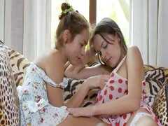 two-russian-chicks-eating-vaginas