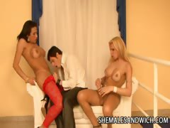 shemales-lorena-smith-and-lara-gaucha-double-teaming-a-guy