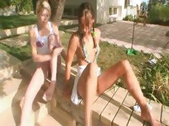 sweet-schoolmates-flashing-the-village