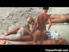 a-bunch-of-hot-nude-girls-voyeur-video-part3