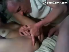 grandpa-giving-grandma-oral