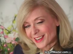 blond-milf-nina-stripping-and-rubbing-part2