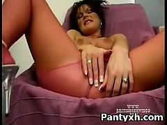 Kinky Vagina Girl Rammed In Pantyhose