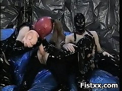 horny-fetish-fist-pumping