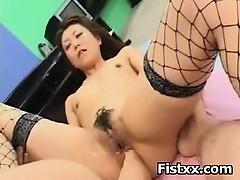 hottie-girl-fist-fucked-in-cunt