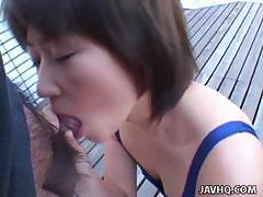 Cute And Lovely Japanese Teen Gives A Perfect Blowjob