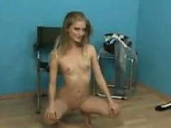 amateur-girls-auditioning