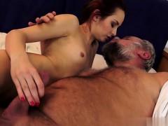 daughter-sucking-huge-cock