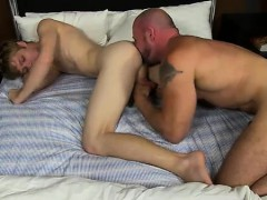 Gay Guys Check It Out As Anthony Evans Shoots His Jism Geyse
