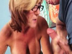 Tugging Glam Gran Takes Spex Off For Cumshot
