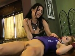 Babe pounded in bi 3way