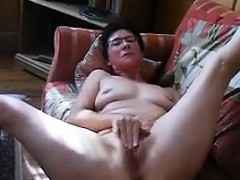 horny-granny-rubs-her-clit-and-pussy