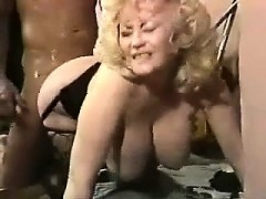 beauty-mother-from-milfsexdating-net