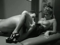 jenna-jameson-jill-kelly-kaitlyn-ashley-in-vintage-xxx