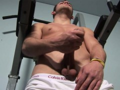 jerking-off-and-penis-pumping-of-great-guy