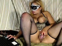 Masked Fat Latin Cam Girl