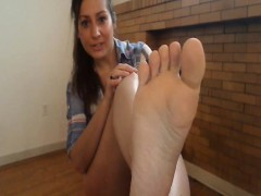 Hot Sexy Toes Milf