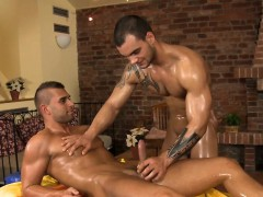 Homo Man Is Sucking Cock Hungrily During Massage