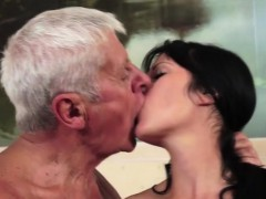 grandpa-dogging-the-young-babe