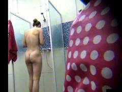 Spying A Beautiful Amateur Milf In Public Shower