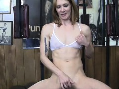 redhead-gets-help-in-the-gym
