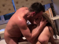 British Skank Squirting While Fingered